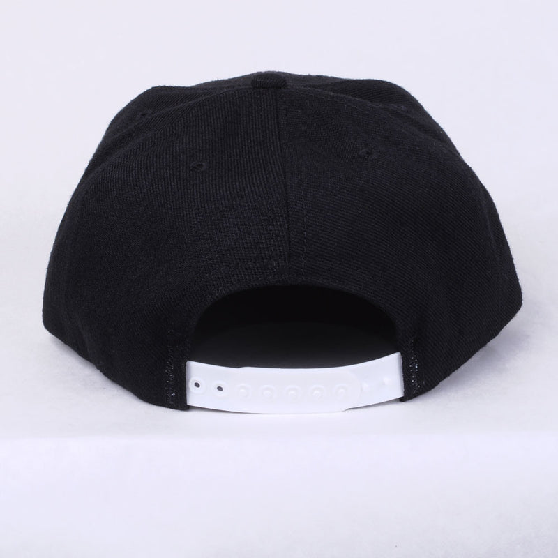TRUE - Future 6 Panel Snapback Hat, Black - The Giant Peach