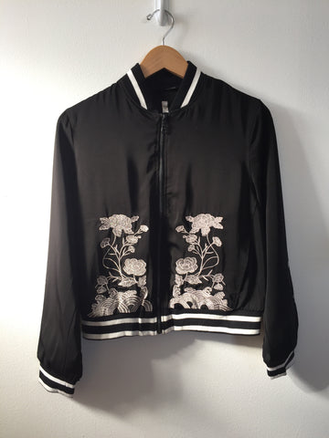 Scratch -  Women's Floral Bomber Jacket, Black and White