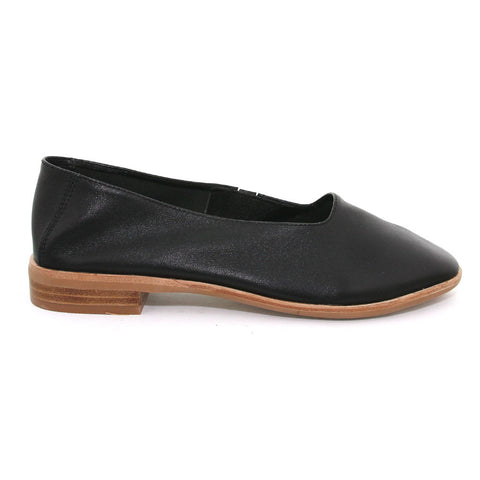Jeffrey Campbell - Jordan Flat, Black - The Giant Peach - 1