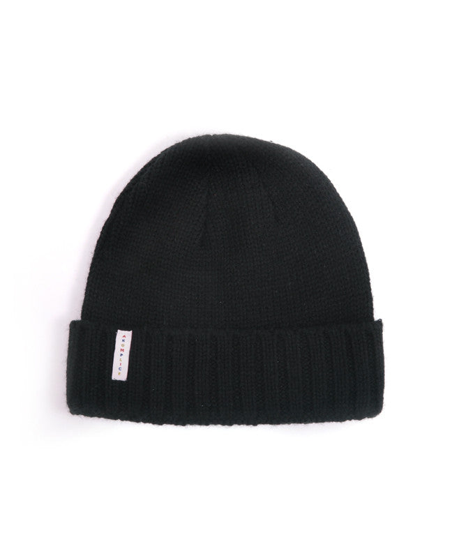 Akomplice - The Primary Beanie, Black - The Giant Peach - 1