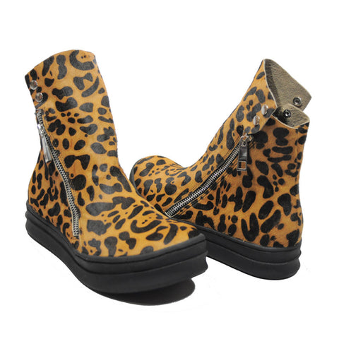 Jeffrey Campbell - Sci-Fi Fur Women's Sneaker, Tan Black Leopard