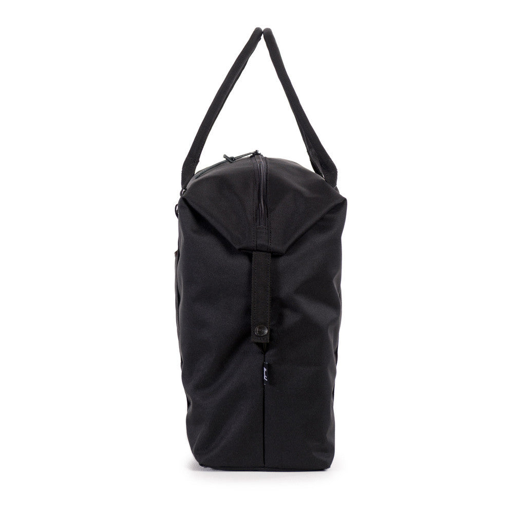 Herschel Supply Co. - Strand Duffle, Black Quilted - The Giant Peach - 3