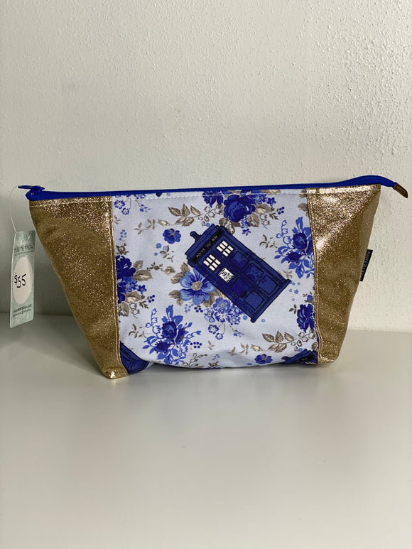 Vintage Floral Tardis | Toiletry Bag