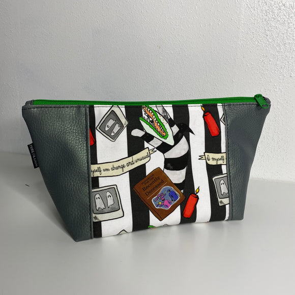 Beetle Juice in Green | Toiletry Bag