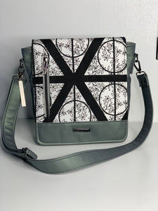 Deathly Hallows | Mighty Messenger Bag