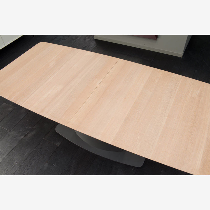 Dining Tables Made in Germany