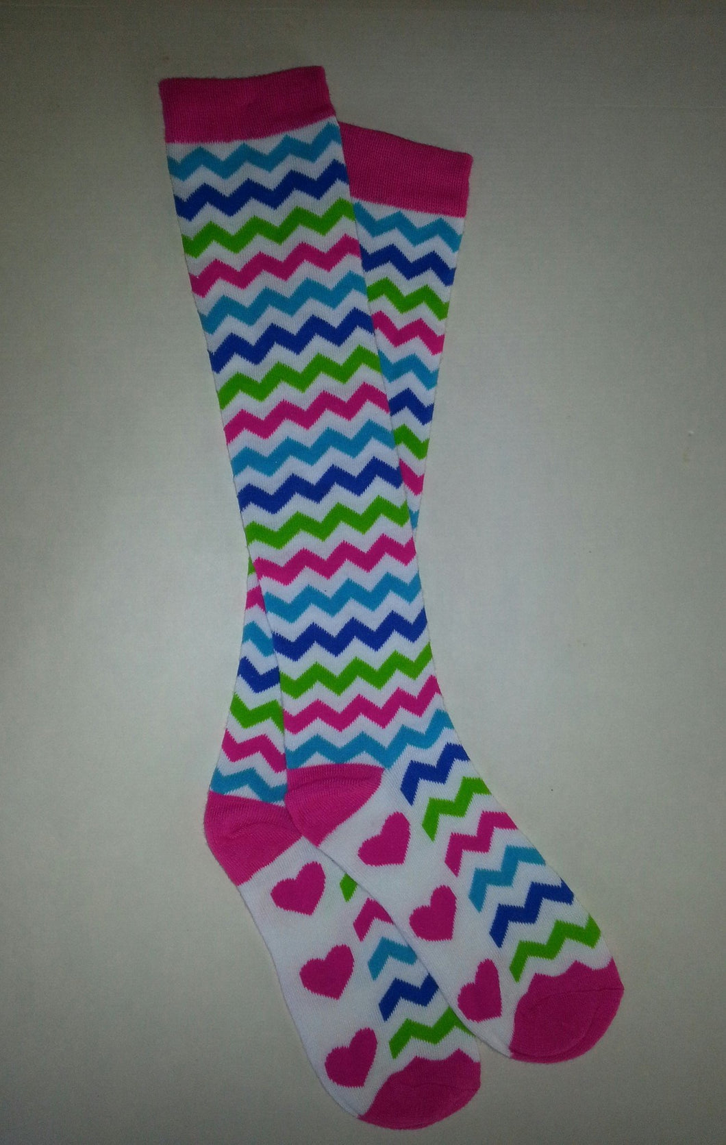 Zigzag Heart Knee High Socks