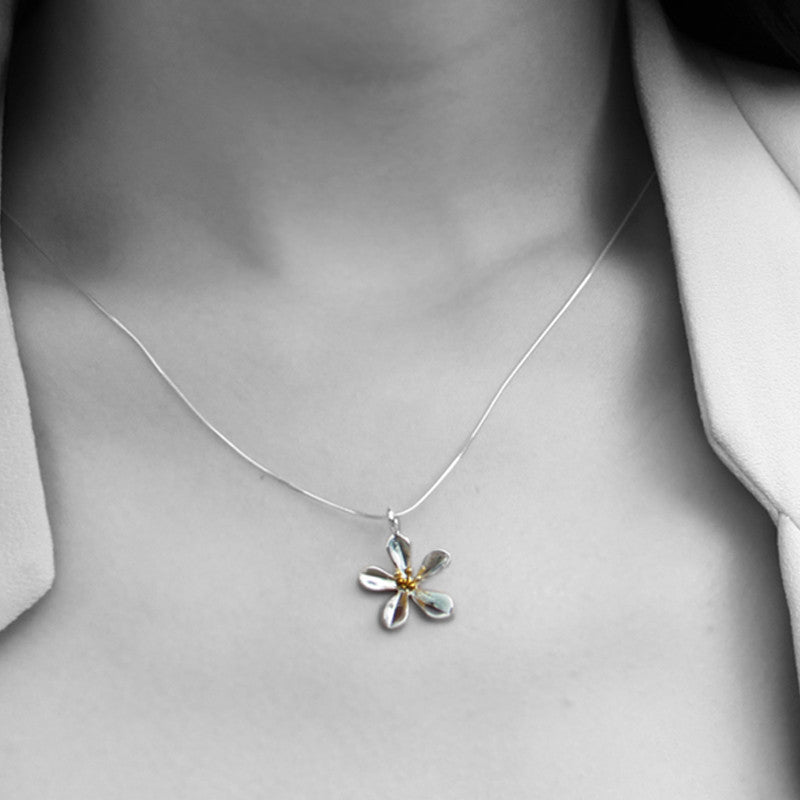 Little Blossom Necklace (7)