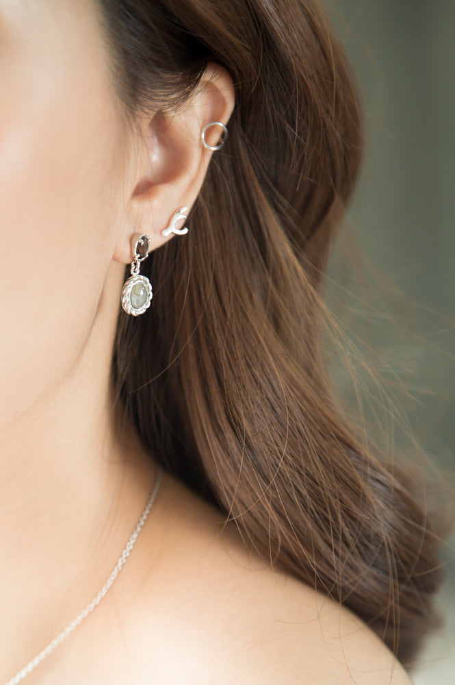 Load image into Gallery viewer, Classy in Grey Earrings