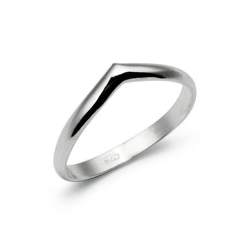 Korean Triangle Ring (55)