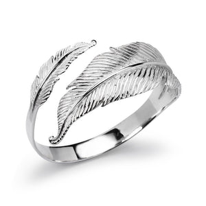 Load image into Gallery viewer, Angel Trace Bangle - (99)