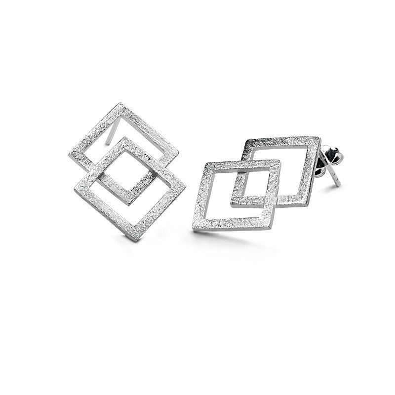 The overlapped square earring