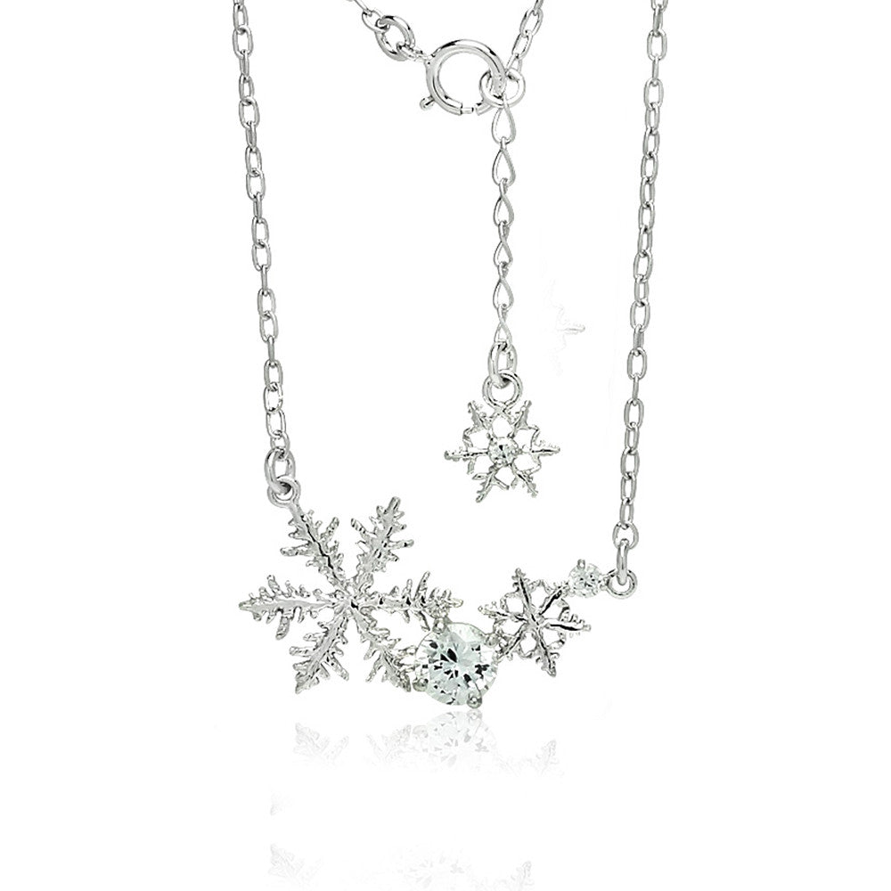 Blossom of Snow Necklace