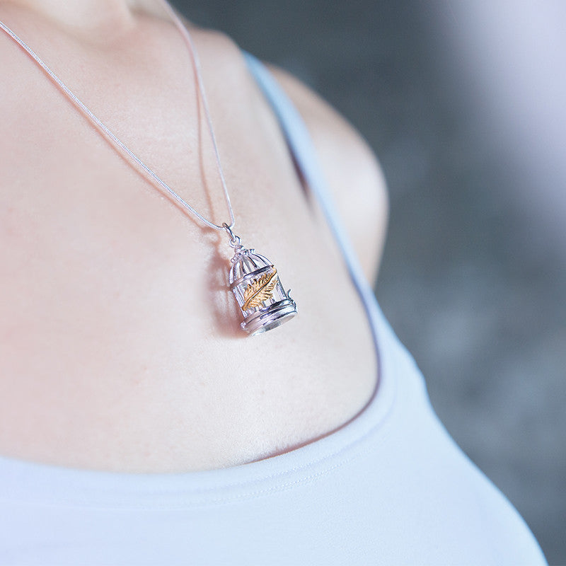 Load image into Gallery viewer, No Cage Necklace - (83)
