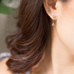 Load image into Gallery viewer, Sun Kiss Ear Cuff with Chain