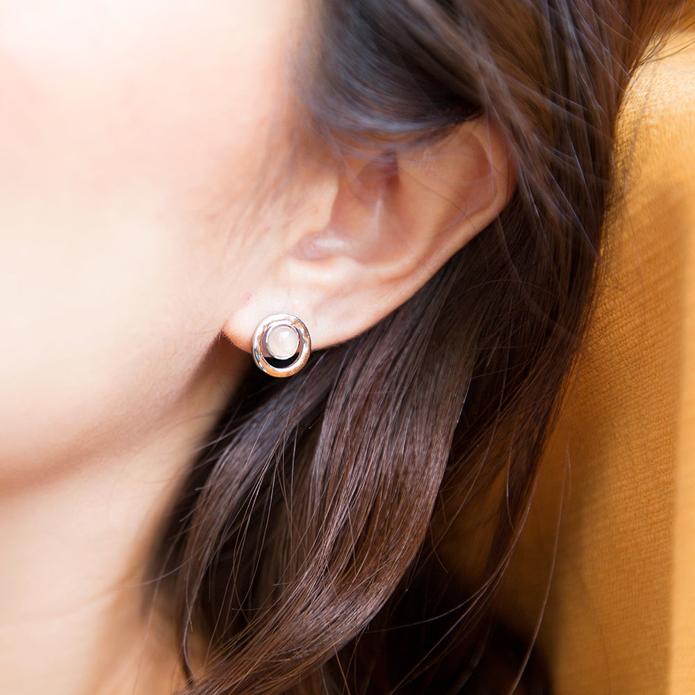 Load image into Gallery viewer, Sun Kiss Pantone Earrings