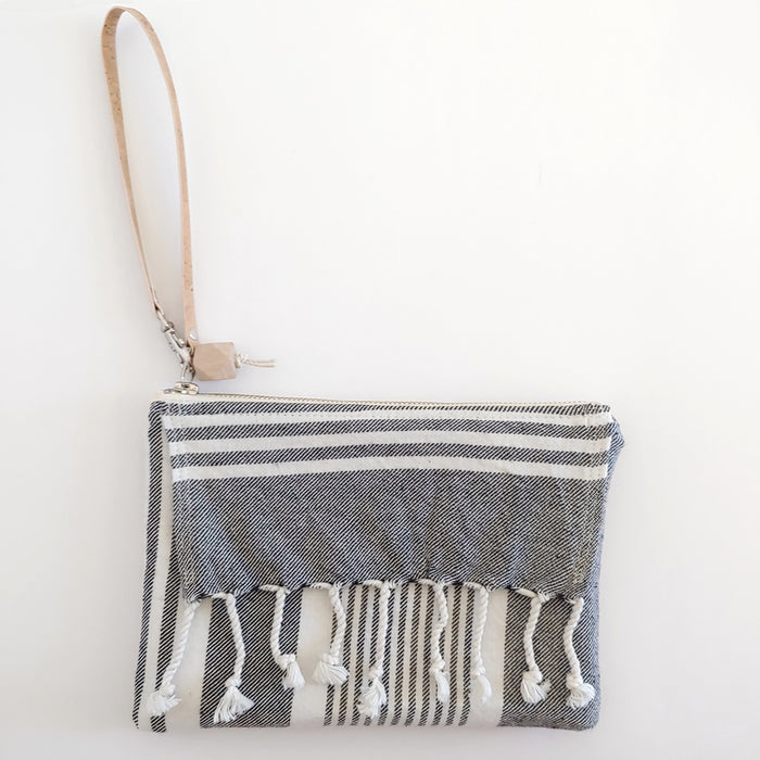 Fringe Clutch Stripe Soft Black