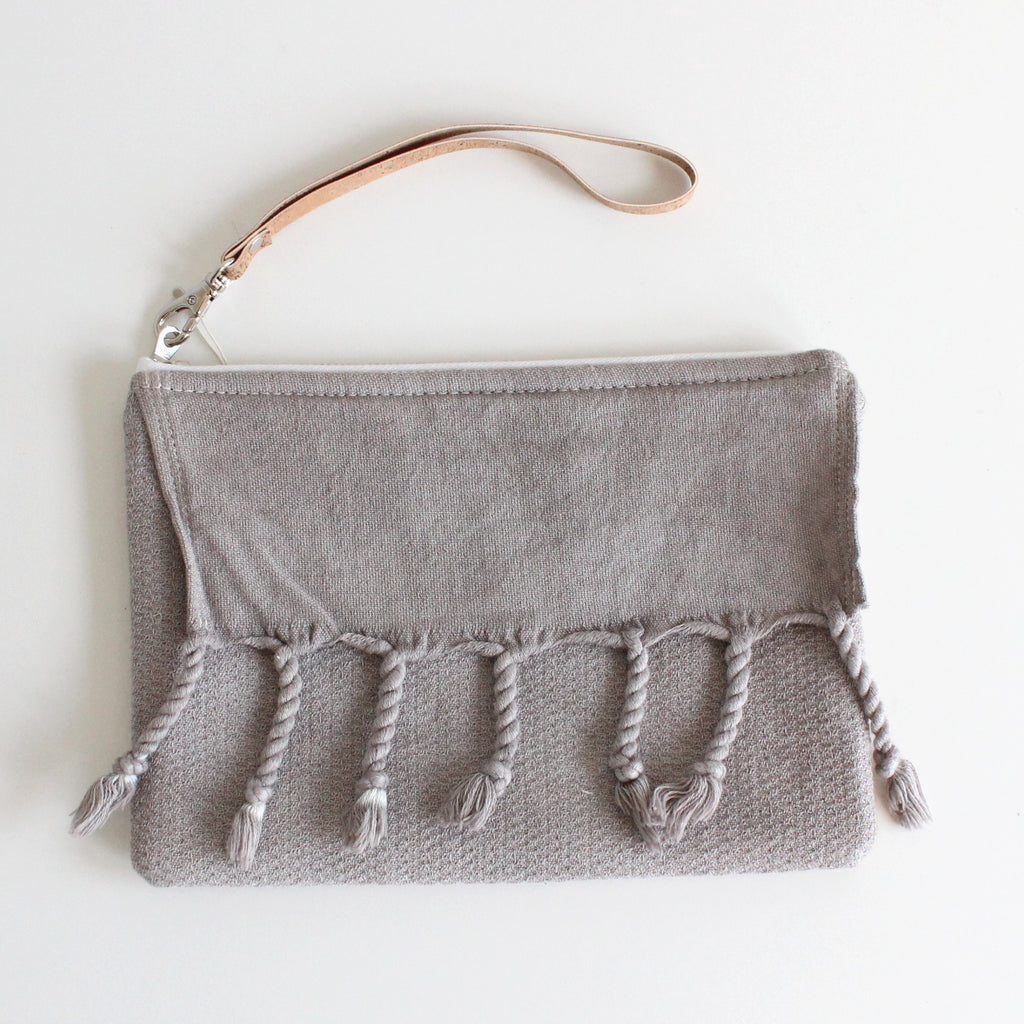 Fringe Clutch Stone Wash Light Gray