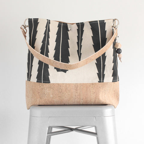 The Grommet Bag in Banksia Leaf Evergreen