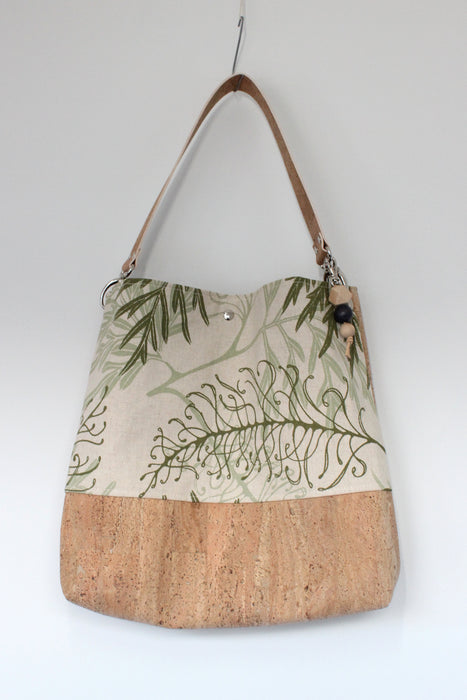 The Grommet Bag in Fern Green