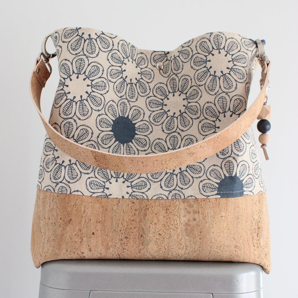 The Grommet Bag in Ficus Indigo