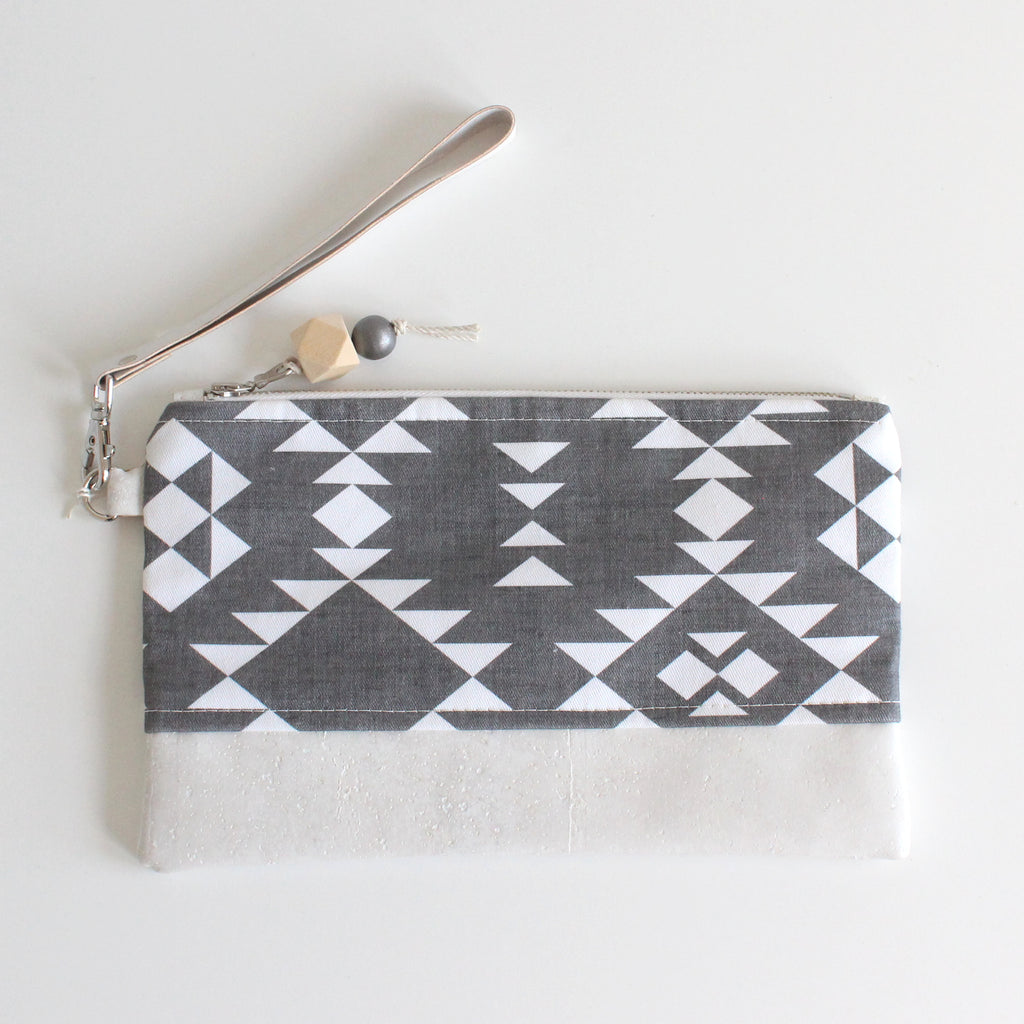 Clutch Southwestern Dark Gray w/ White Cork