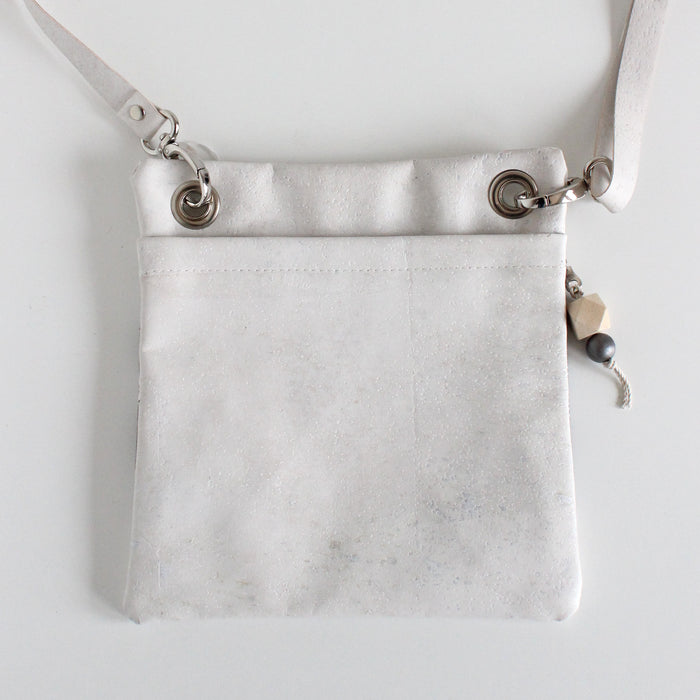 Mini Grommet Bag Wire Flower Dark Gray w/ White Cork