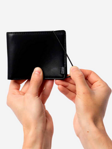 Square Wallet-Black