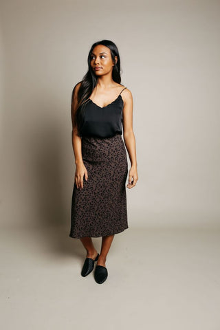 Cara Leopard Skirt in Grey