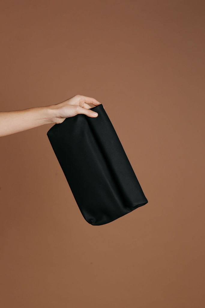 Florence Clutch - Black