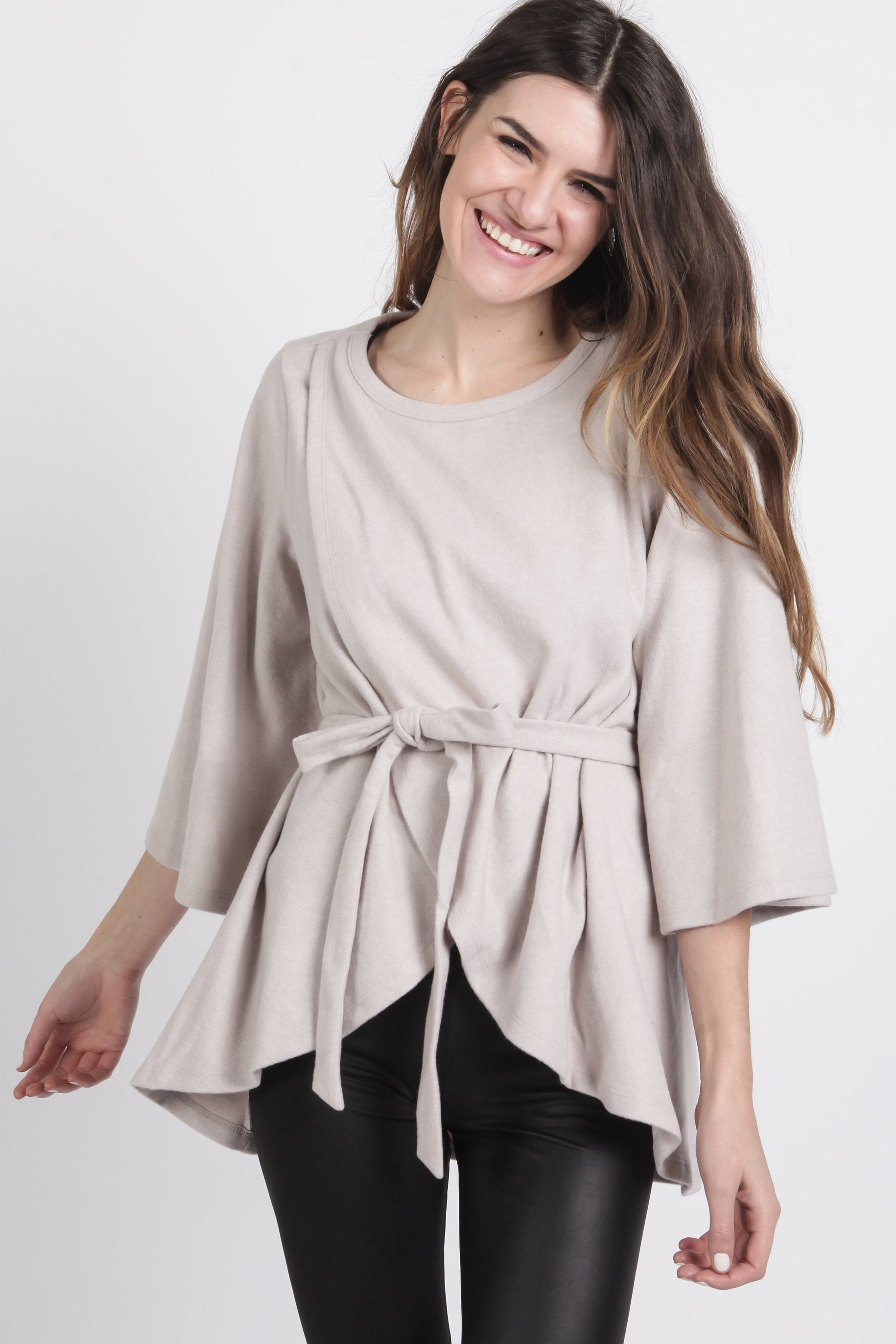 Maren Sweater Cape - Light Grey Cardigan & Sweaters - Vinnie Louise