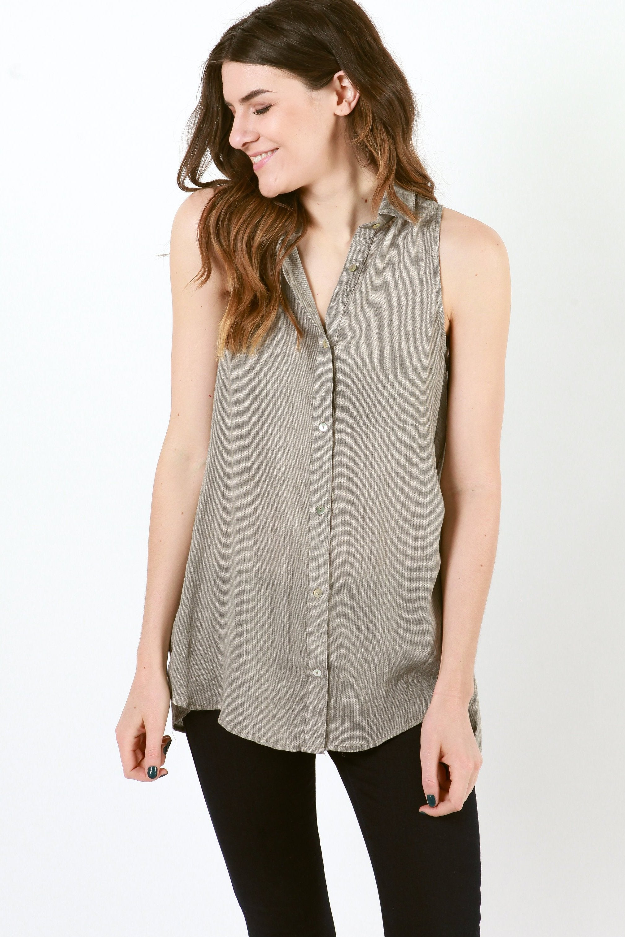 Nina Sleeveless Button Up Top - Mocha