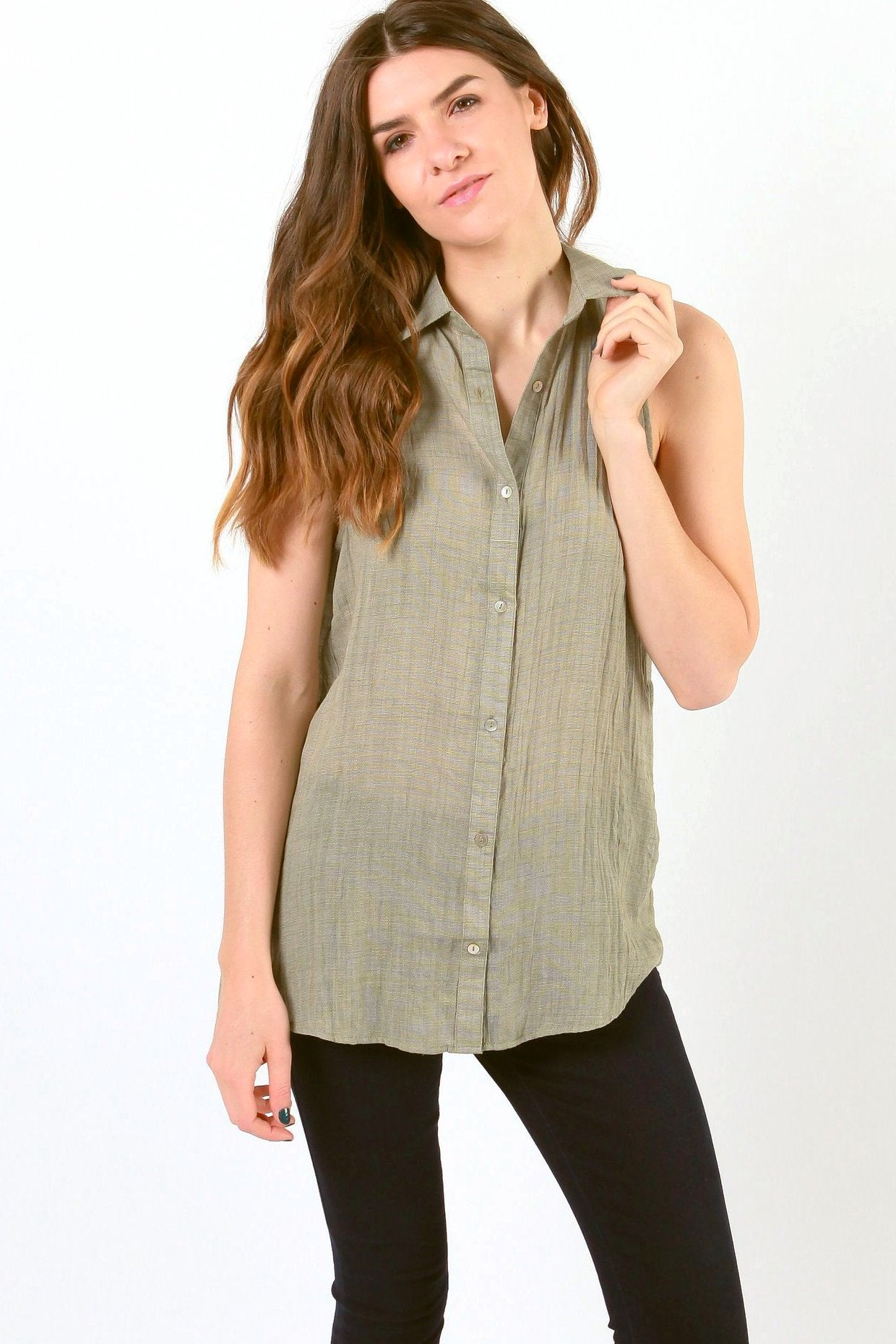 Nina Sleeveless Button Up Top - Olive