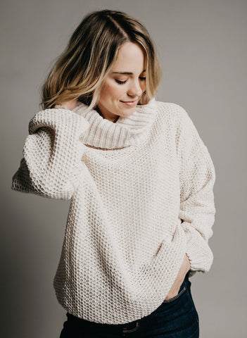 Tia Turtleneck Sweater - Ivory
