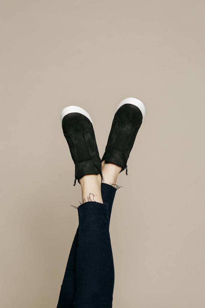 Zoey Sneakers - Black