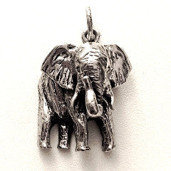 GREAT ELEPHANT PENDANT IN STERLING SILVER
