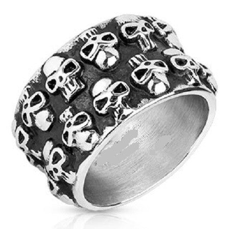 A WIDE BAND OF DOUBLE SKULLS In Stainless Steel