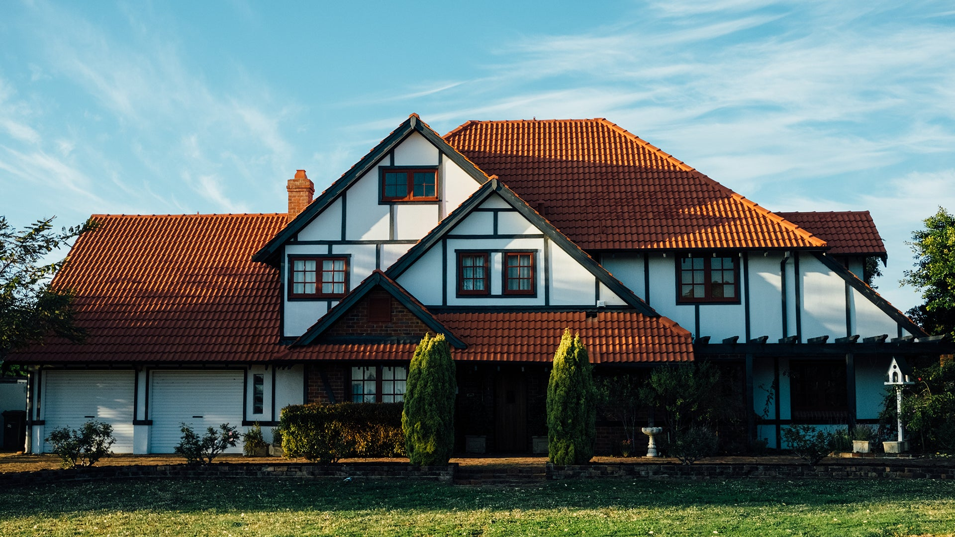 How to Sell Houses with the Help of Custom Promotional Products