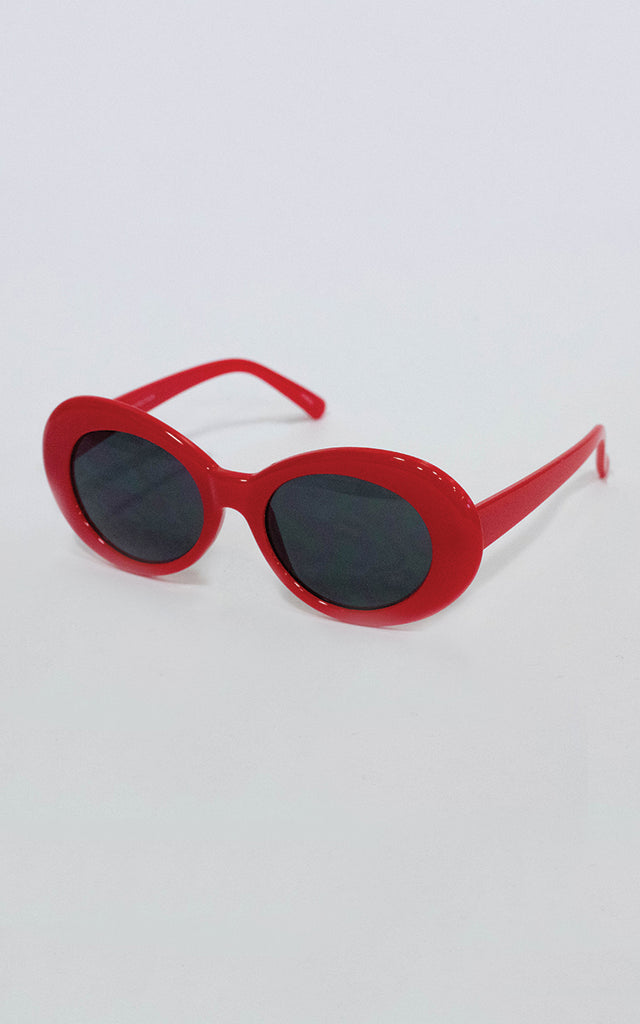 Red Dolly Oval Sunglasses