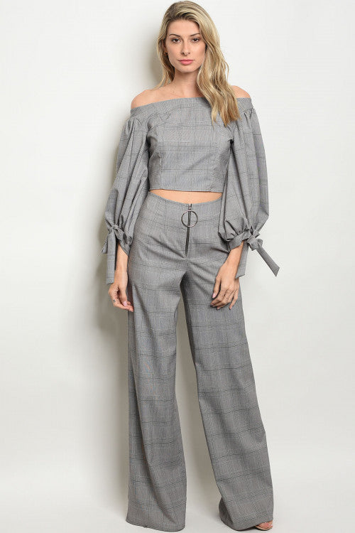 Gray and Black Puff Sleeve  Plaid Crop Top
