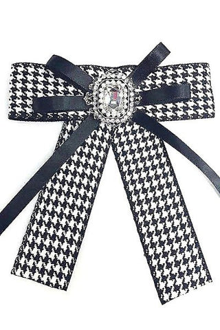 Classic Houndstooth Brooch