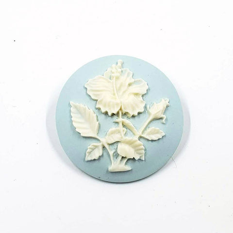 Floral Cameo Needleminder