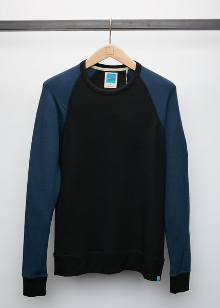 Perry Raglan - Black/Navy