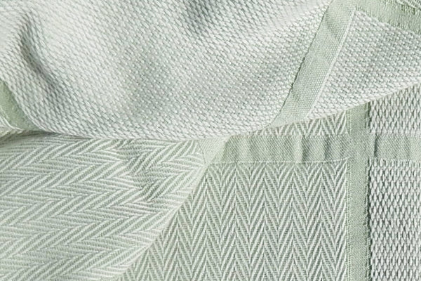 Abside Green White Cotton Blanket Close Up