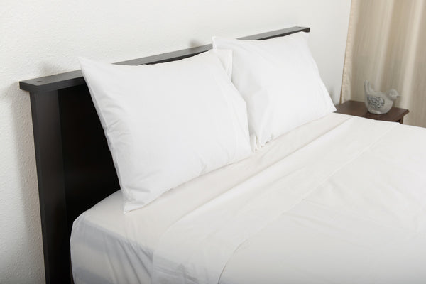Classic percale cotton sheets white top side foot view by excess comfort made in portugal