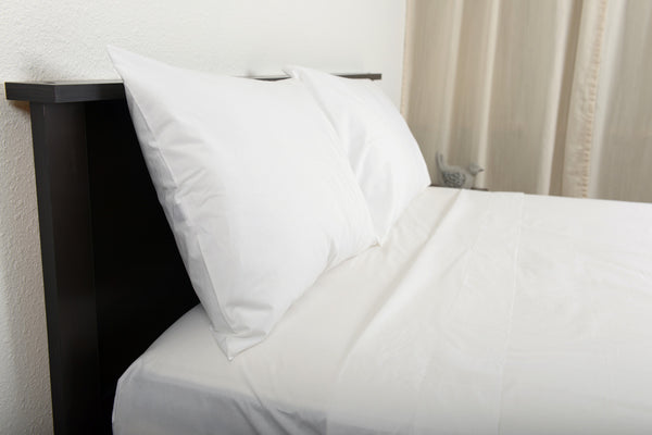 Classic percale cotton sheets white top side view by excess comfort made in portugal