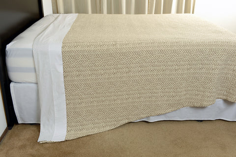 Netting oversized cotton blanket linen ecru side view hang excess comfort made in portugal