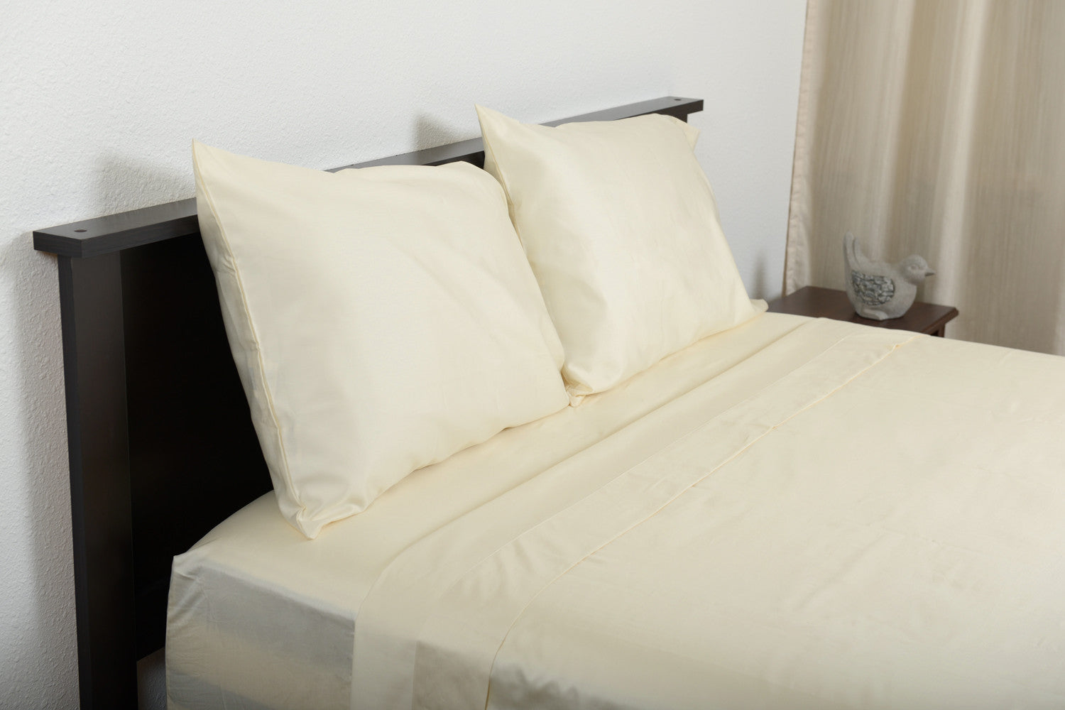 Supreme sateen egyptian cotton sheets ivory top side foot view by excess comfort made in usa of fabric made in israel