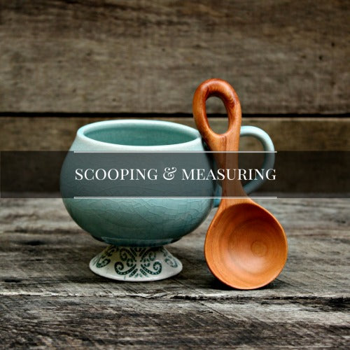 Scoops, Measuring Cups and Measuring Spoons