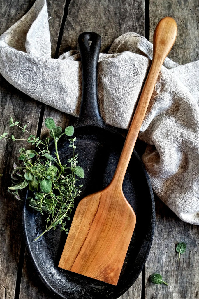 Classic Wood Kitchen Spatula